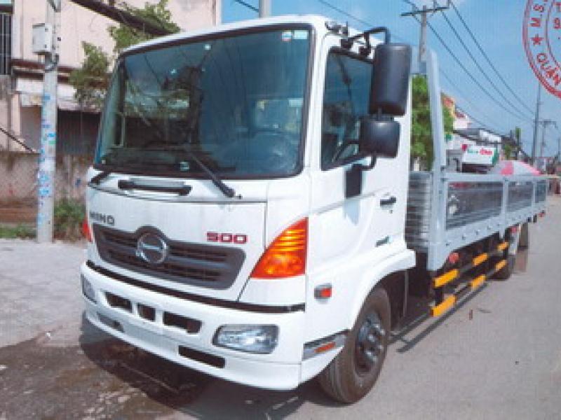 Hino FC9JLTC thùng lững tải trọng 6.650 kg